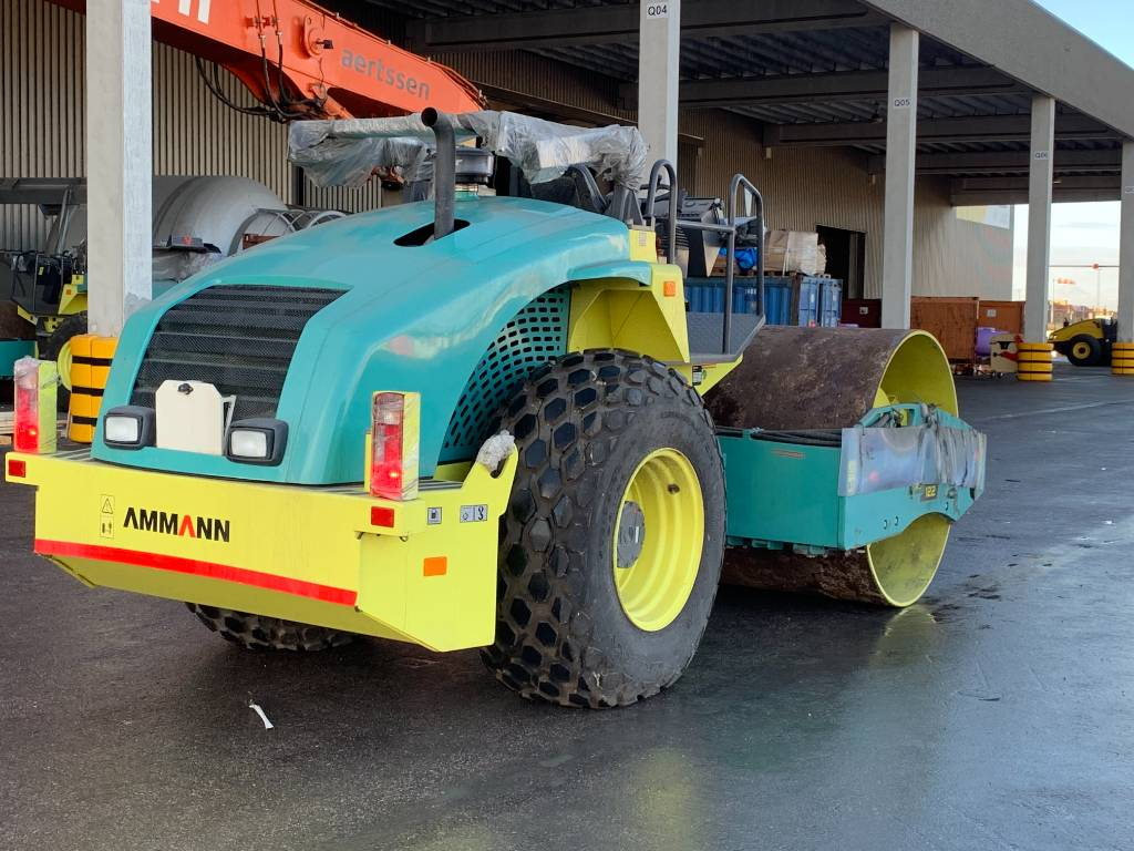 Ammann ARS 122 (2pieces), Single drum rollers, Construction