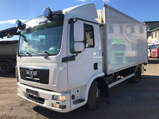 MAN TGL8.180, Reefer Trucks, Trucks and Trailers