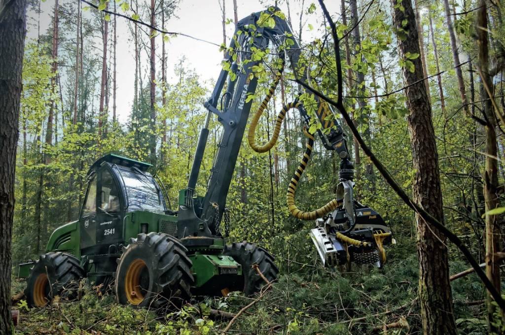 Amkodor 2541, Harwestery, Maszyny leśne
