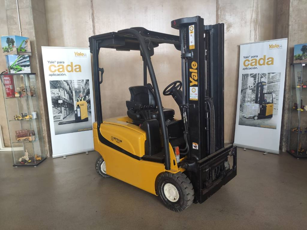 Yale ERP16VF, Electric counterbalance Forklifts, Material Handling