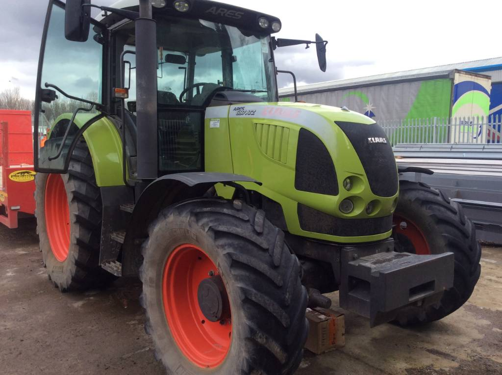 CLAAS ARES 207 ARES 697 ATZ 140HP Tractor