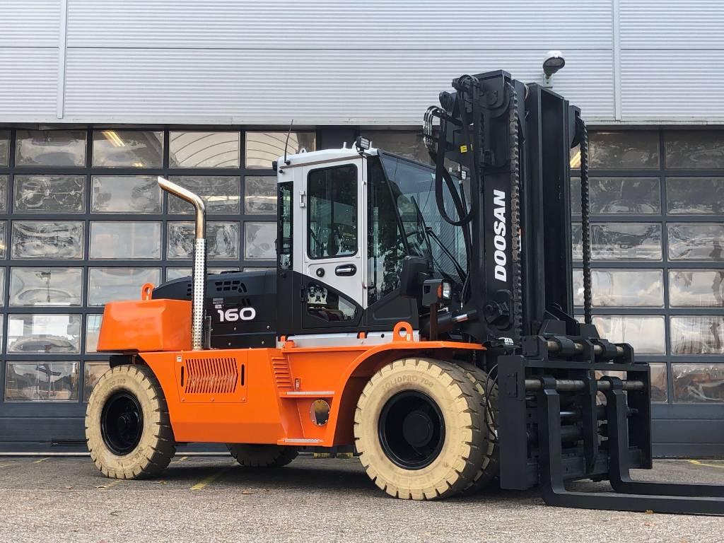 Doosan D160S-7, Diesel heftrucks, Laden en lossen