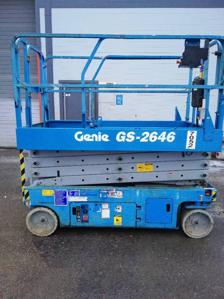 Genie GS 2646, Saksilavat, Maarakennus