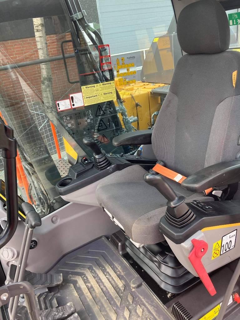 Volvo EC140E, Gravemaskiner på larvebånd, Entreprenør
