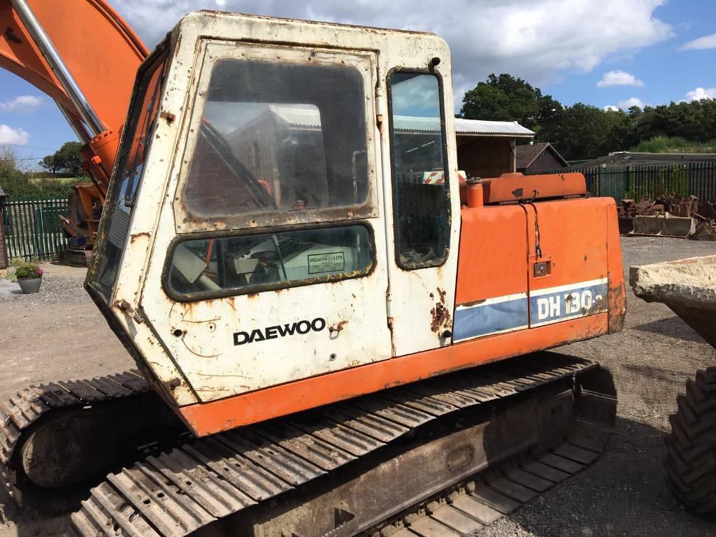 Daewoo DH 130 II, Crawler excavators, Construction