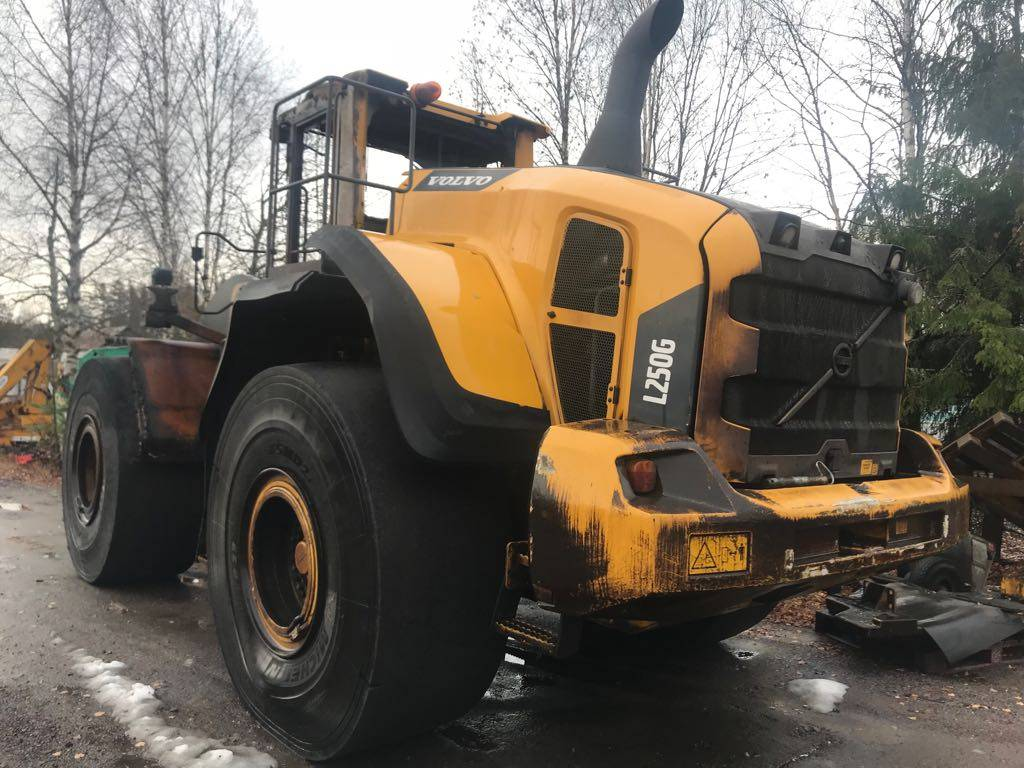 Volvo L 250 G FOR PARTS ONLY, Rataslaadurid, Ehitusmasinad