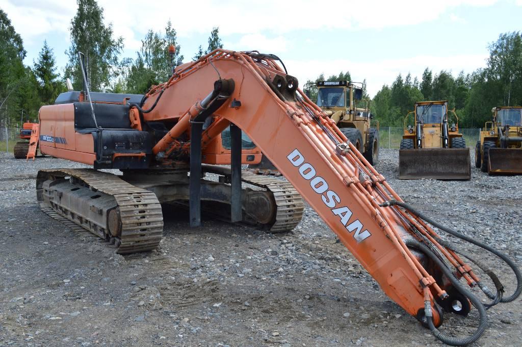 Doosan DX 300 LC, Telakaivukoneet, Maarakennus