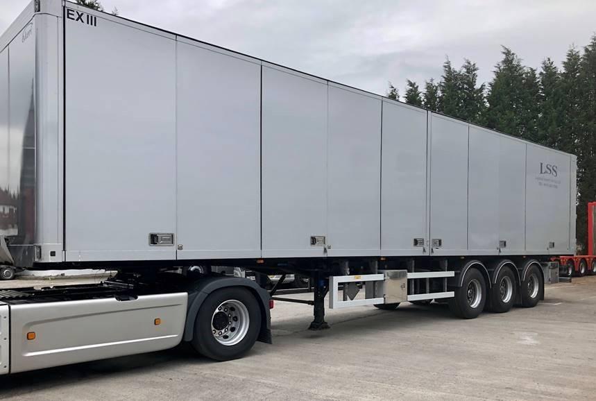 Ekeri EXIII (EX3) classed semi-trailer, Skåptrailer, Transportfordon