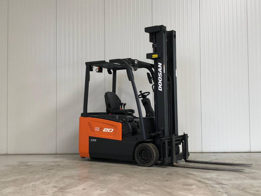 Doosan B20T-5, Elektrische heftrucks, Laden en lossen