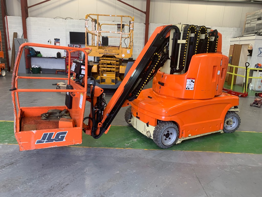 JLG Touca 1210E, Compact self-propelled boom lifts, Construction