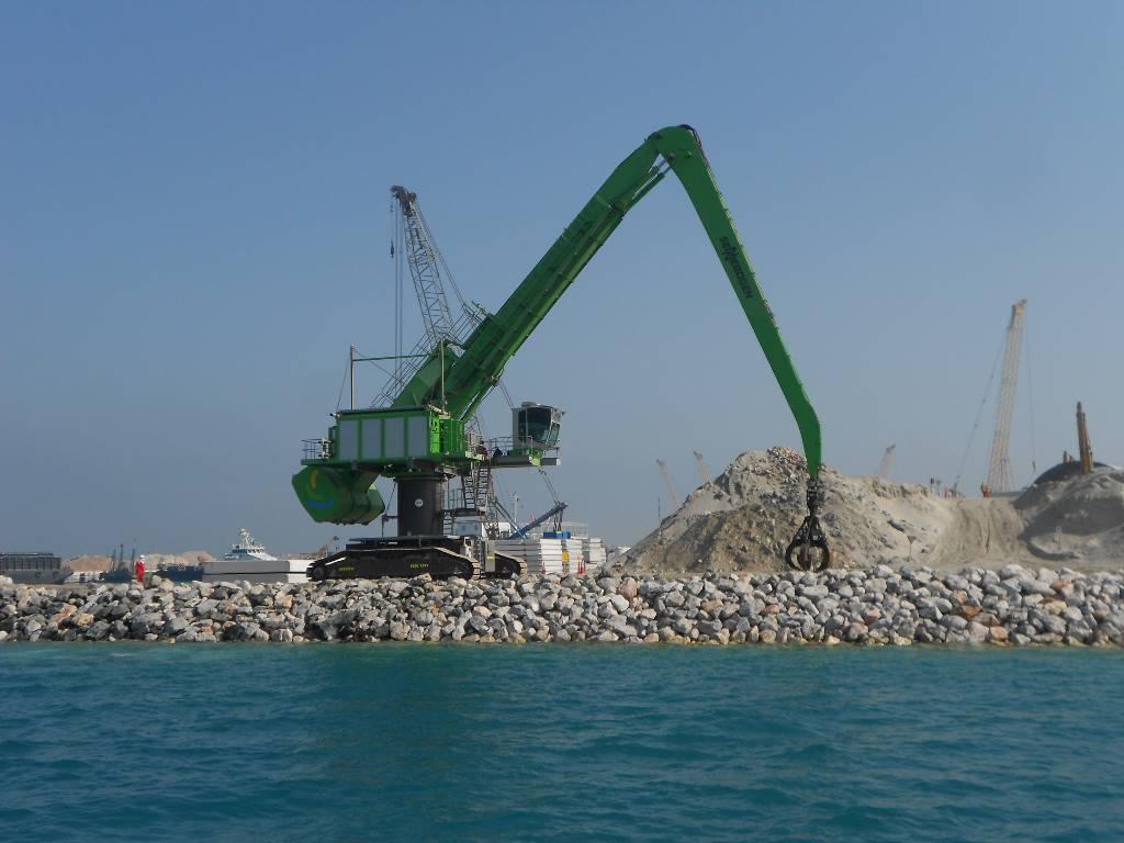 Sennebogen 880 EQ, Waste / industry handlers, Construction