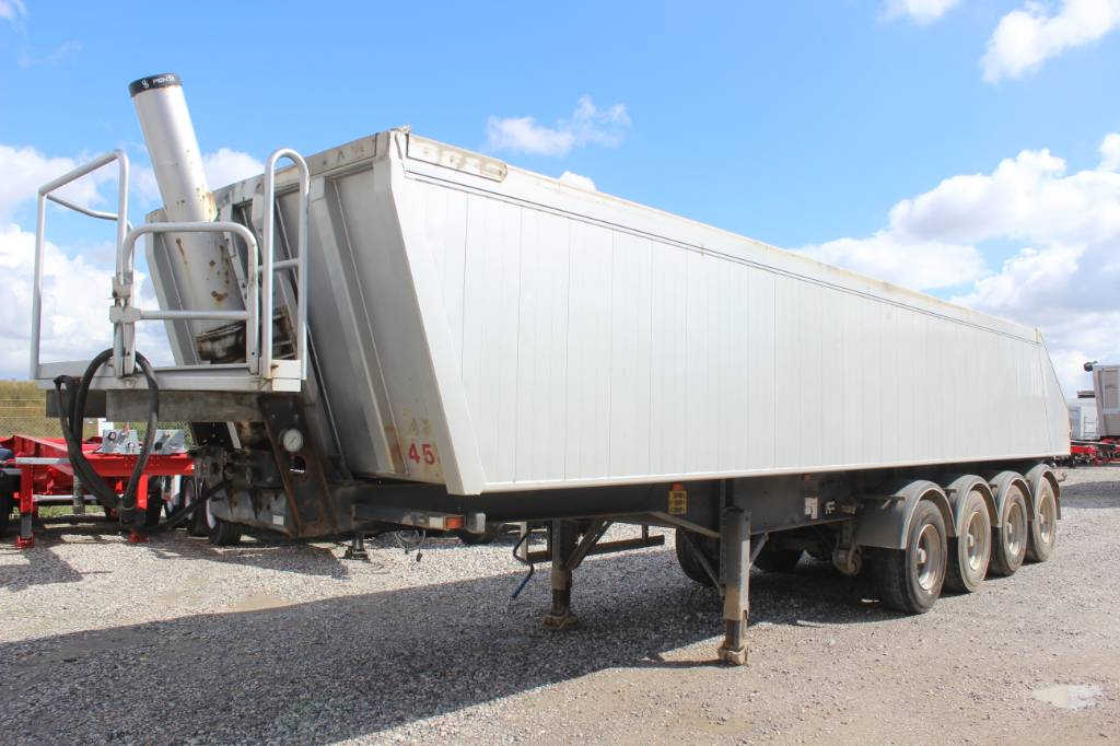 AMT TG400, Semi-trailer med tip, Transport