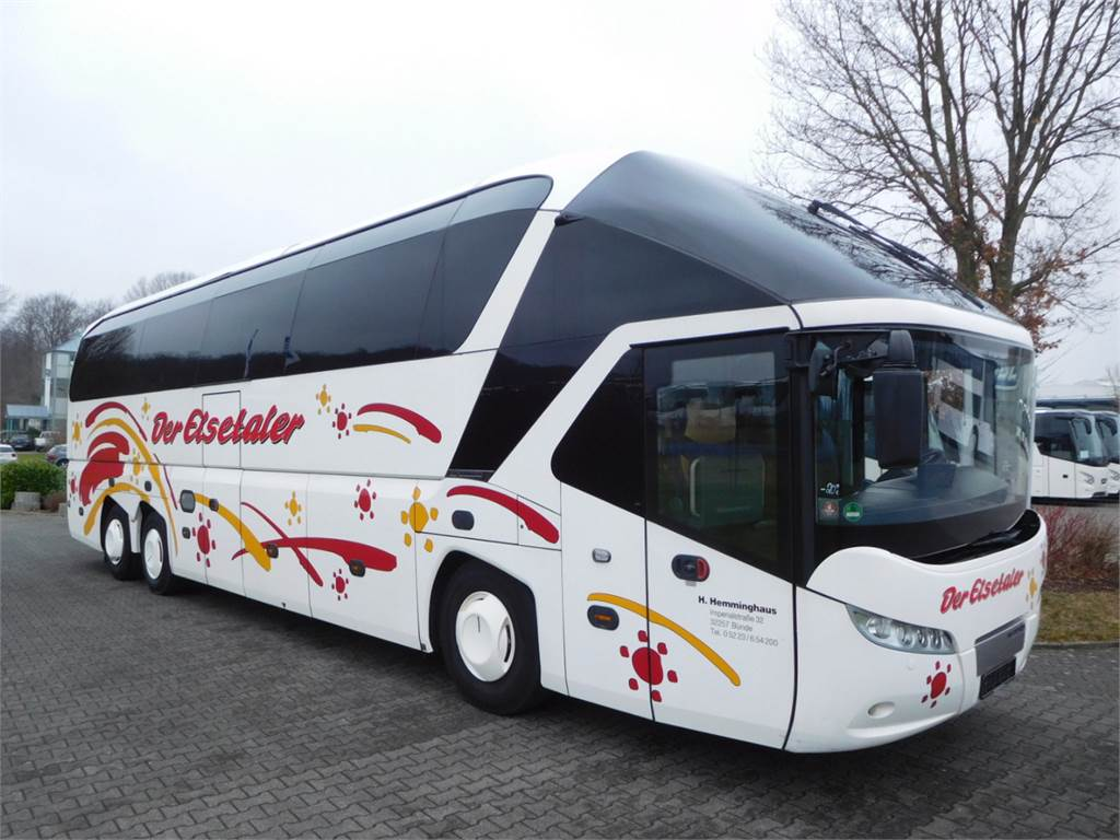Neoplan N 5217 SHD Starliner, Coaches, Vehicles