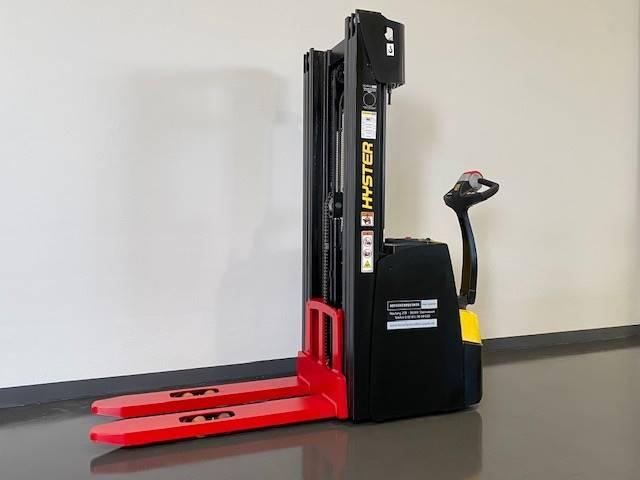 Hyster S1.6, Manual Pallet Stacker, Material Handling