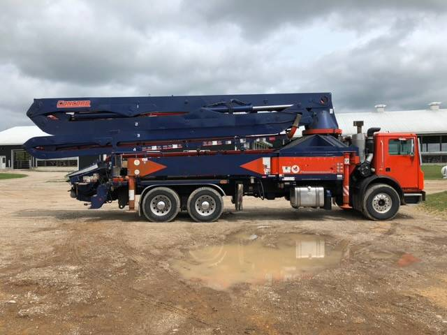 Concord 38M, Boom Pumps, Construction Equipment