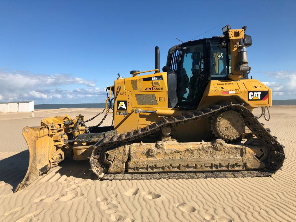 Caterpillar D 6 N LGP, Crawler dozers, Construction
