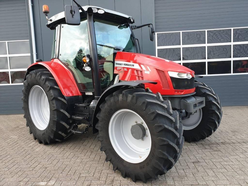 Massey Ferguson 5711SL Dyna-4 Efficient, Tractoren, Landbouw