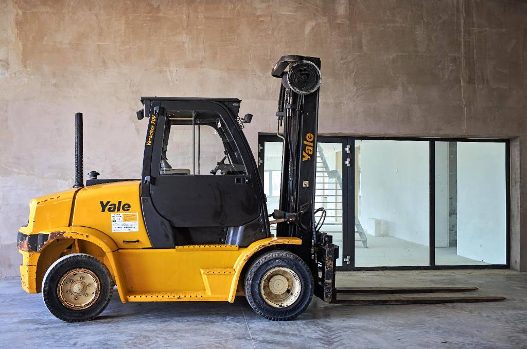 Yale GDP70VX, Diesel counterbalance Forklifts, Material Handling