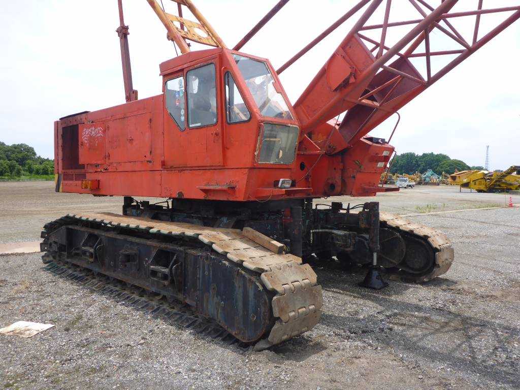 Hitachi KH300-1, Tracked cranes, Construction