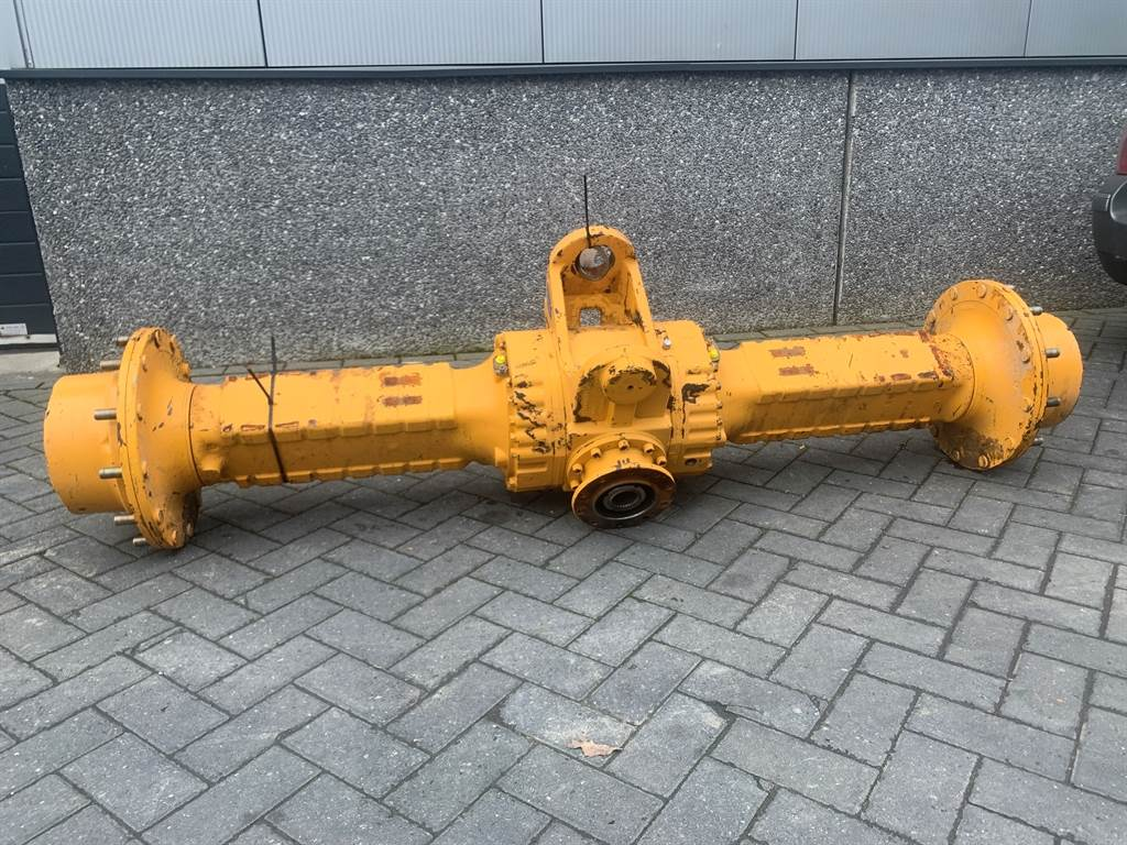Liebherr 10335782 - L538/L542 - Axle/Achse/As