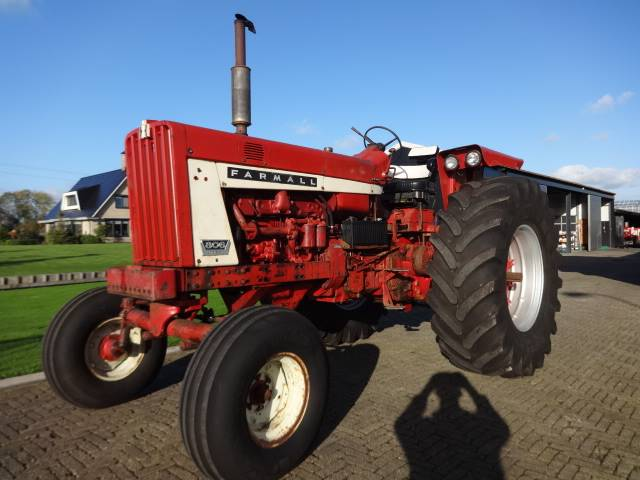 used farmall 806 tractors year 1970 price 9 833 for