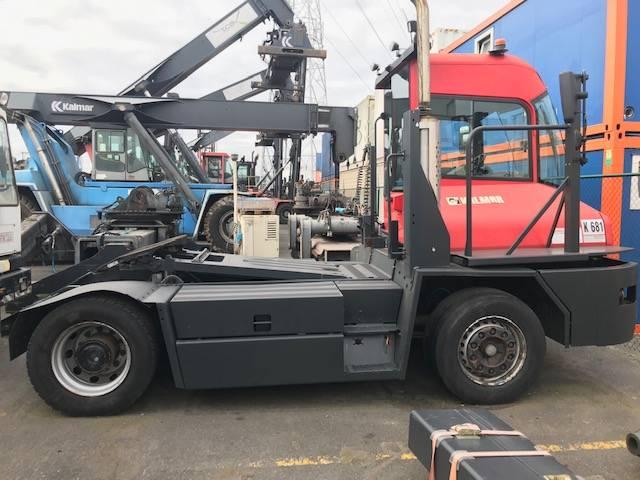 Kalmar TT 616 i, Vetopöytäautot, Kuljetuskalusto