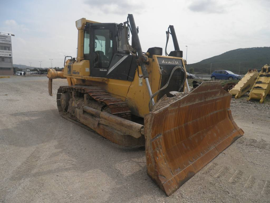 Komatsu D65EX-15, Crawler dozers, Construction Equipment