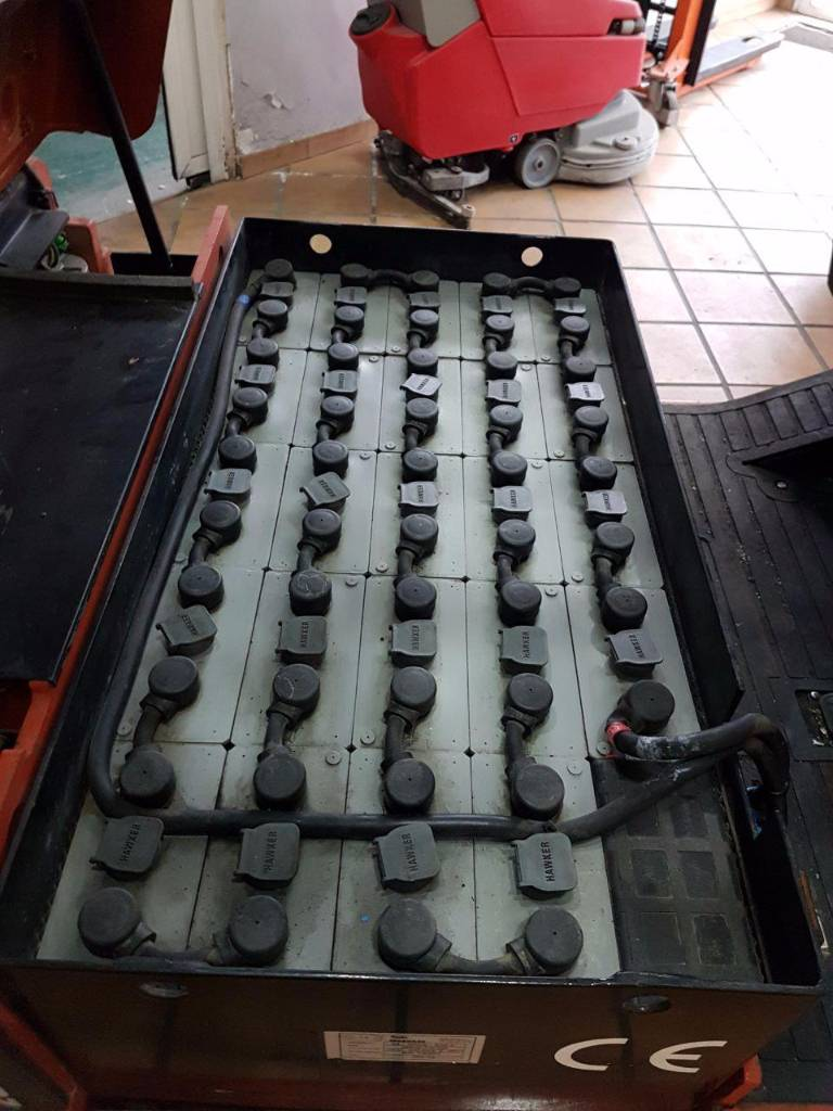 Nissan N01, Carretillas eléctricas, Almacenaje