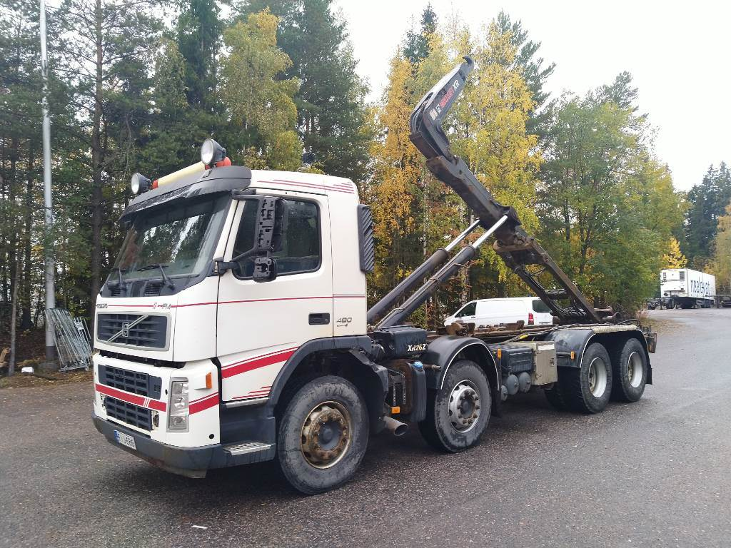 Volvo FM13 8x4 (2+2), Hook lift trucks, Transportation