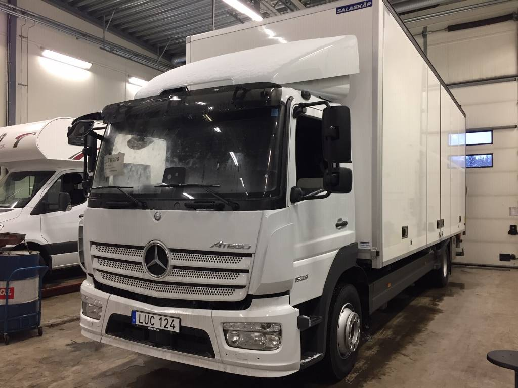 Mercedes-Benz ATEGO 1523L, Skåpbilar, Transportfordon
