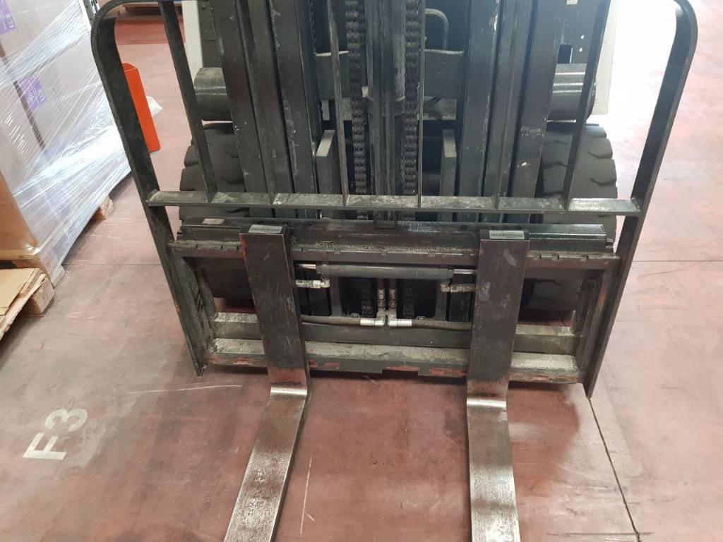 Unicarriers 1Q2L25Q, Carretillas eléctricas, Almacenaje