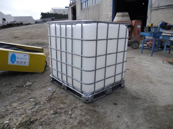 used deposito agua 1000 litros other year 2013 price 80