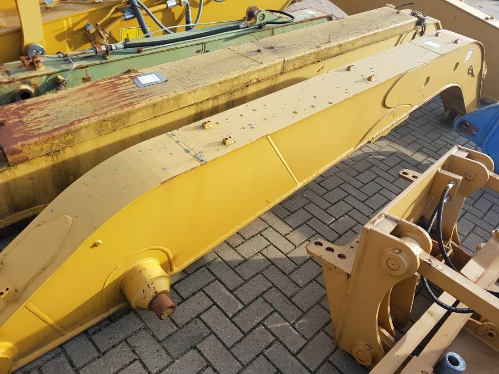 Caterpillar Banana Stick - M 318, Backhoes, Construction Equipment