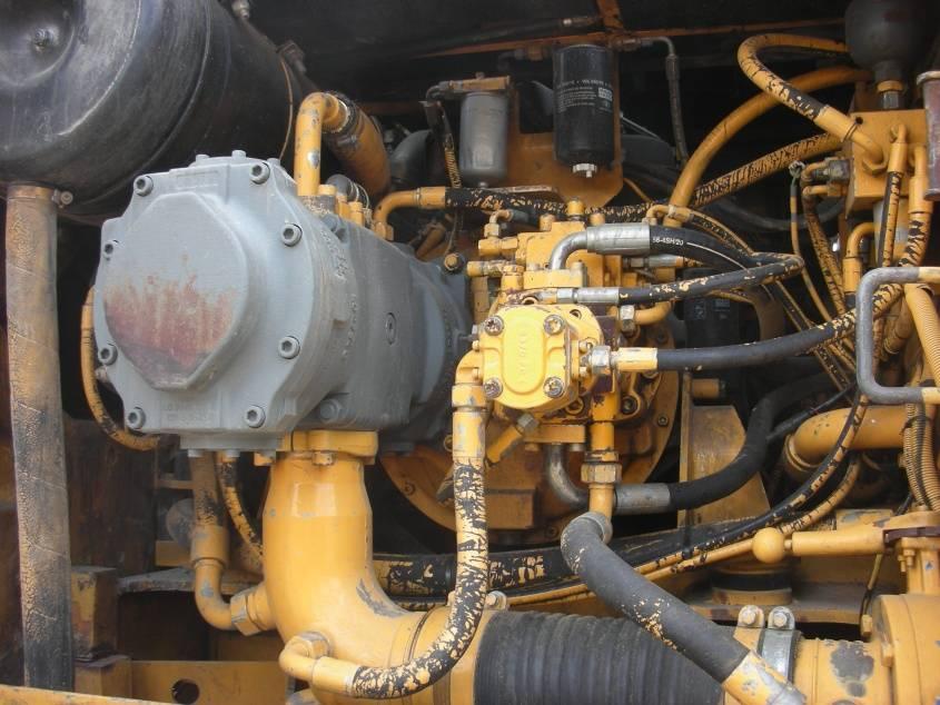 Liebherr 932T, Raupenbagger, Baumaschinen
