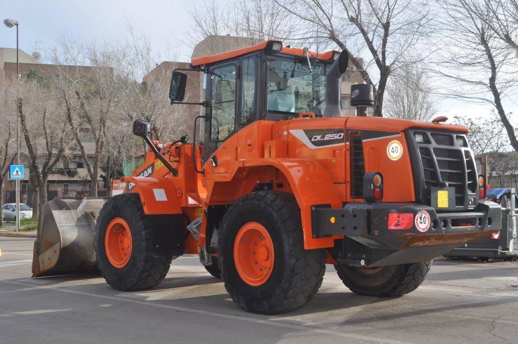 Doosan DL250-5, Wheel Loaders, Construction Equipment