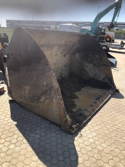 UFO Högtippande BM lastskopa, Skopor, Entreprenad