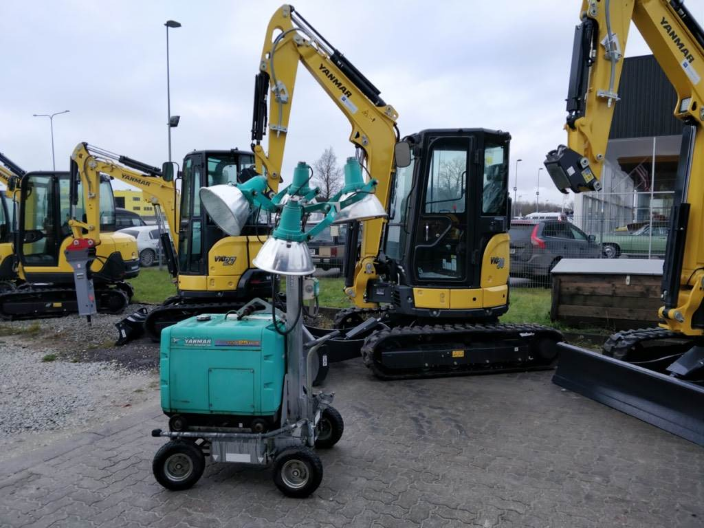 Yanmar LB446H1, Light towers, Construction