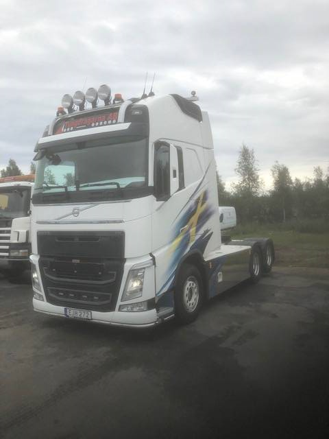 Volvo FH 540, Dragbilar, Transportfordon