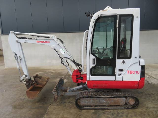 Takeuchi TB016, Mini excavators < 7t (Mini diggers), Construction