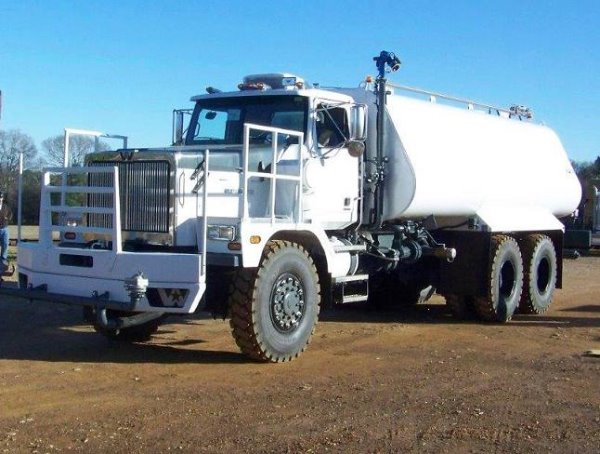 Western Star 6900XD 9000 Gallon Water Tanker TO152, Fuel Lube Trucks, Trucks and Trailers