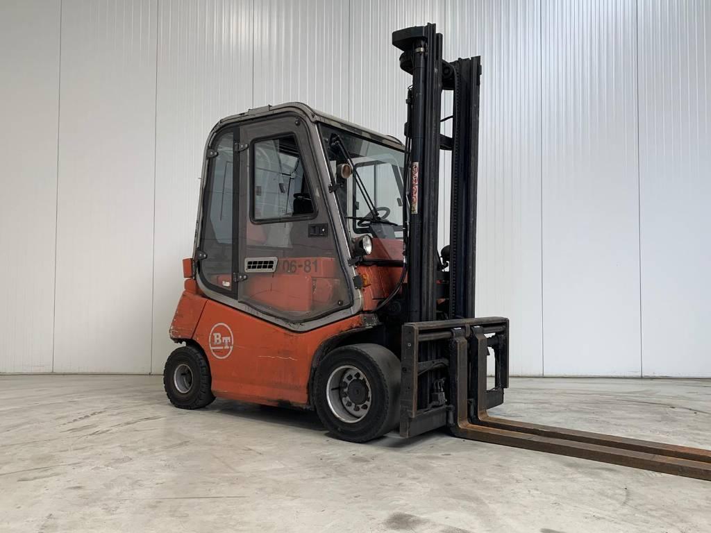 BT C4E500V, Elektrische heftrucks, Laden en lossen