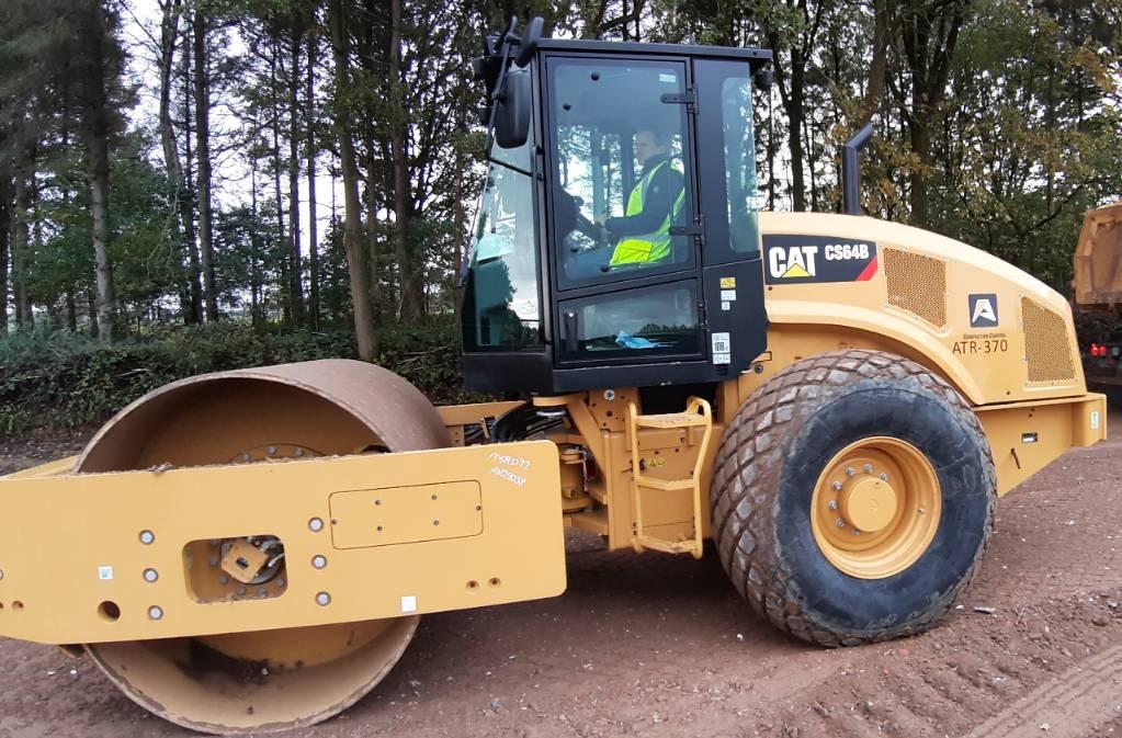 Caterpillar CS 64 B, Single drum rollers, Construction