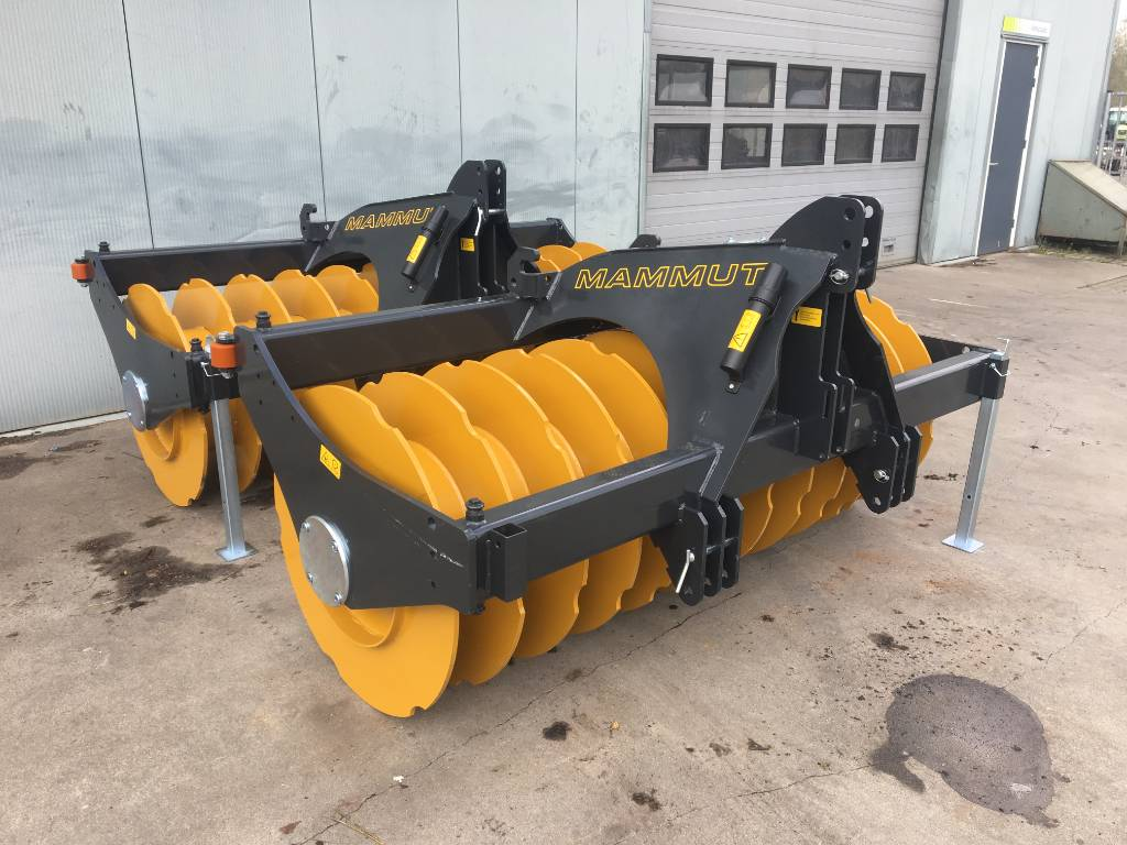 Mammut SK 250 verdichtings wals, Other Forage Equipment, Agriculture