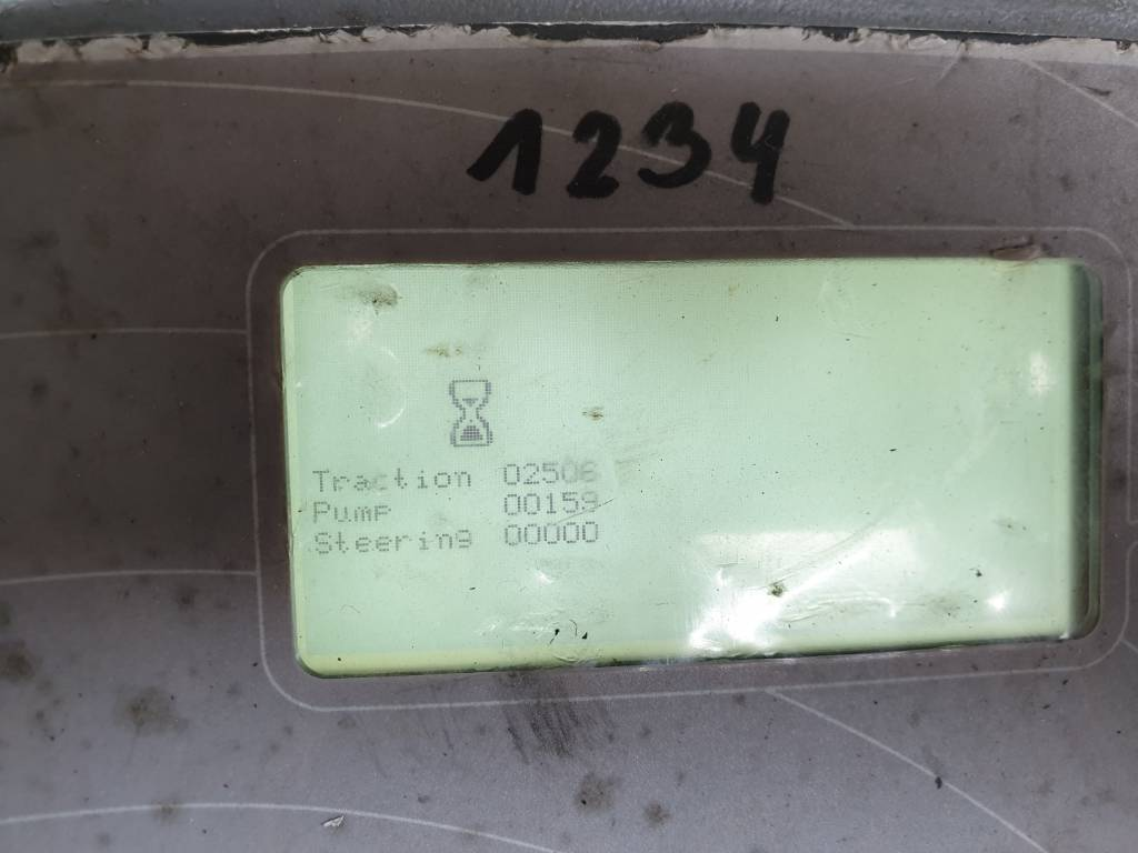 Mitsubishi SBV16N, Wózki widłowe wysokiego składowania, Magazynowanie