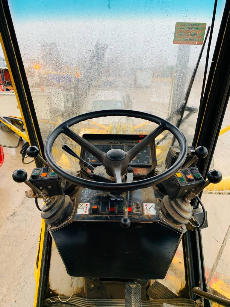 Vammas Corbex CA18, Greideri, Būvtehnika