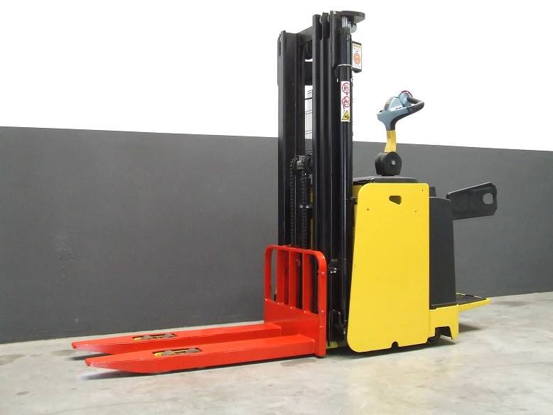 Hyster S1.5S-30IL, Manual Pallet Stacker, Material Handling