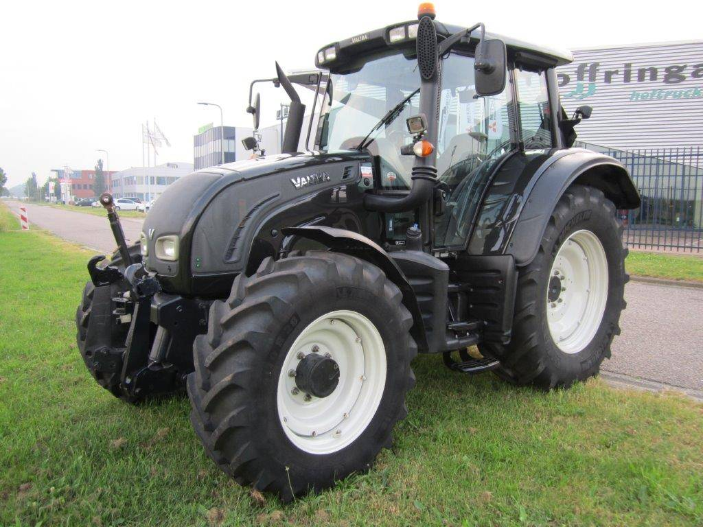 Valtra N122 Versu, Tractoren, Landbouw