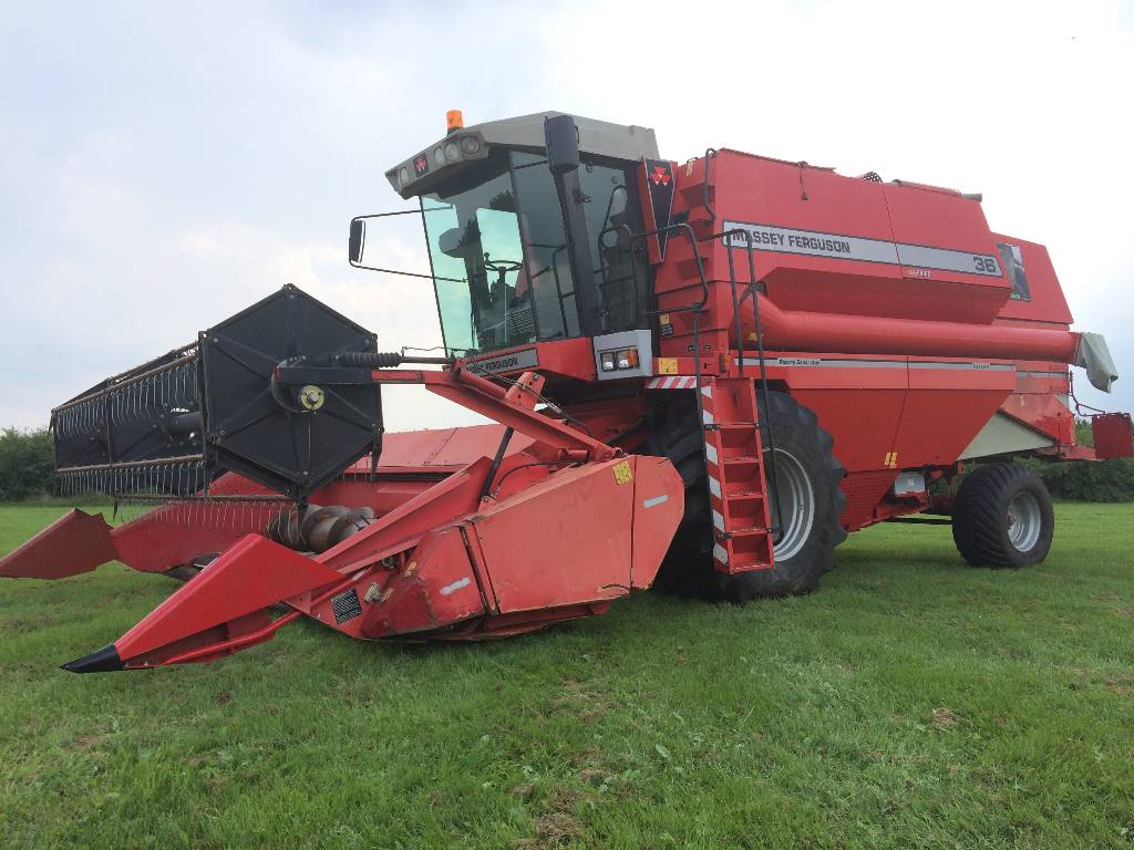 Massey Ferguson 36 AL RS maaidorser, Tractoren, Landbouw