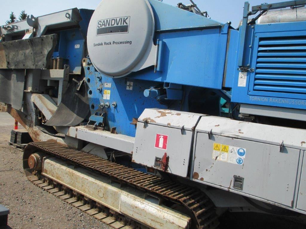 Sandvik CM 1208, Mobile crushers, Construction