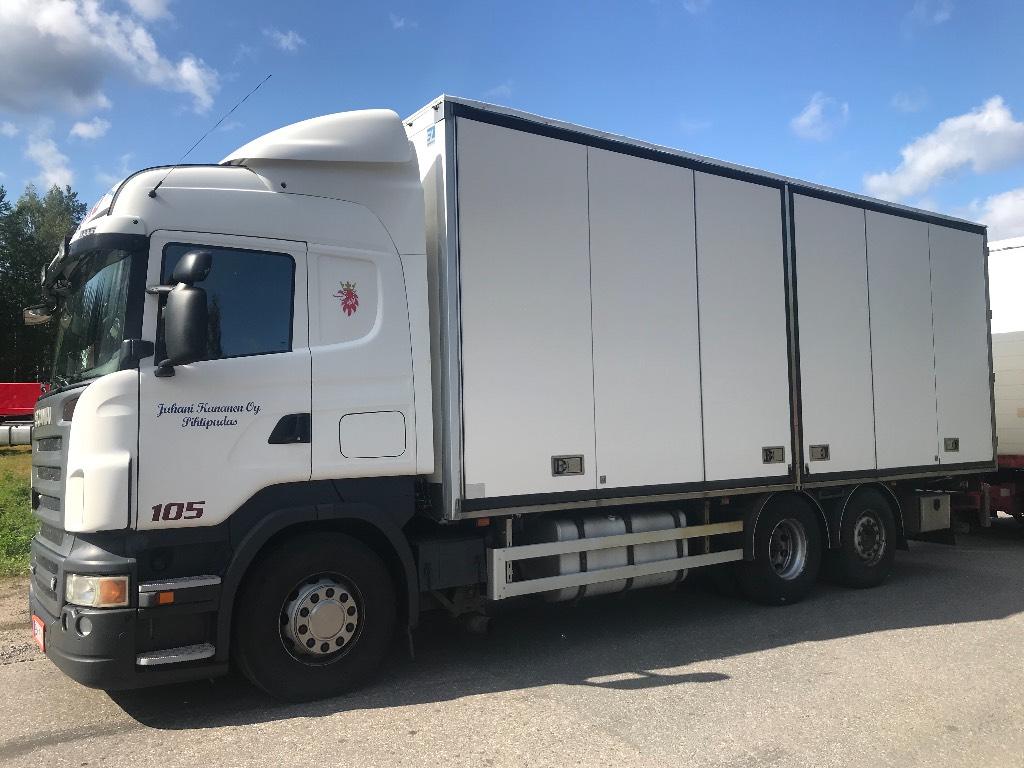 Scania R500 Sivuaukeavalla korilla, Umpikorikuorma-autot, Kuljetuskalusto